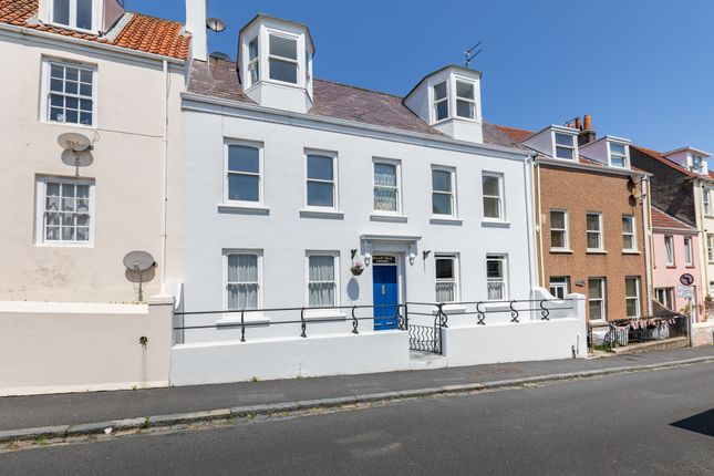 Thumbnail Flat for sale in Paris Street, St. Peter Port, Guernsey