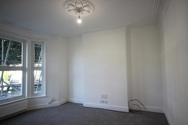 Thumbnail Terraced house to rent in The Grove, London