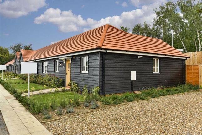Thumbnail Semi-detached bungalow for sale in Commonside Cottages, Ashtead, Surrey