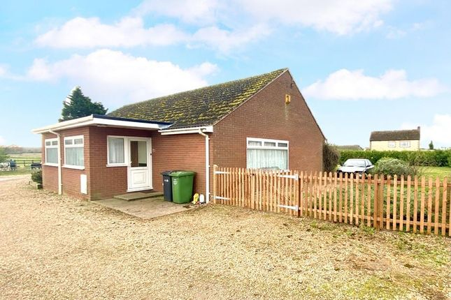 Thumbnail Detached bungalow to rent in Methwold Road, Northwold, Thetford