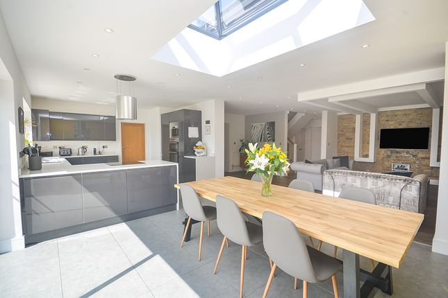 Thumbnail Bungalow for sale in Hillview Road, Canterbury, Kent