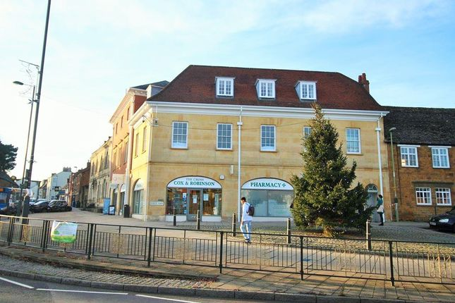 Studio to rent in 8 County Chambers, Horsefair, Banbury