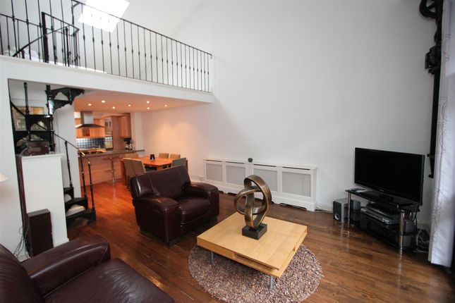 Thumbnail Flat to rent in Breezers Court, Wapping, London