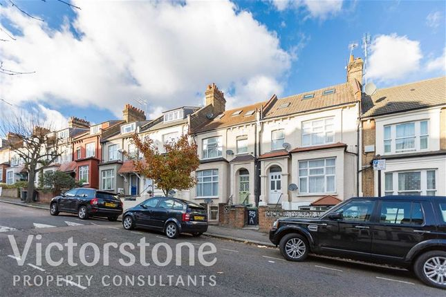 Thumbnail Flat to rent in Cavendish Road, Manor House, London