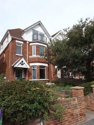 Thumbnail Semi-detached house to rent in Wear Bay Crescent, Folkestone