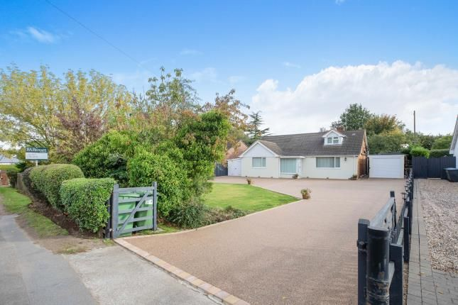 Thumbnail Detached house for sale in Shipston Road, Stratford Upon Avon, Warwickshire