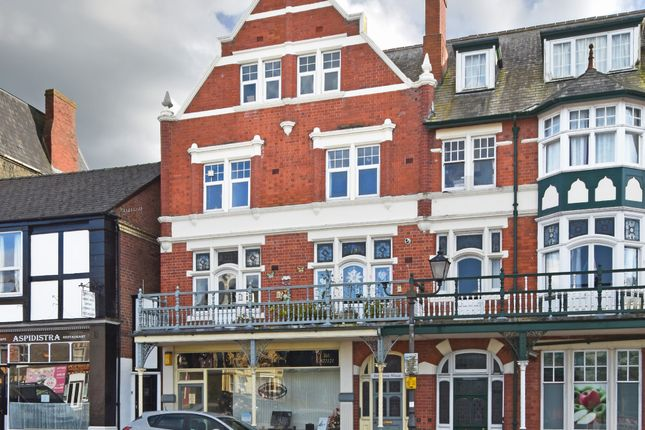 Thumbnail Flat to rent in Station Crescent, Llandrindod Wells