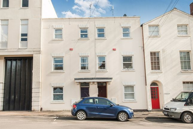 Thumbnail Terraced house for sale in Portland Street, Leamington Spa