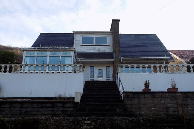 Thumbnail Bungalow for sale in Lakeside, Cwmtillery, Abertillery. 1Ls.