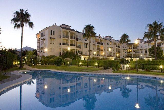 2 bed apartment for sale in 29670 San Pedro De Alcántara, Málaga, Spain