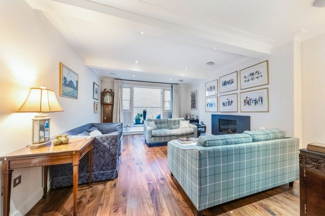 Thumbnail Terraced house to rent in Palace Street, London
