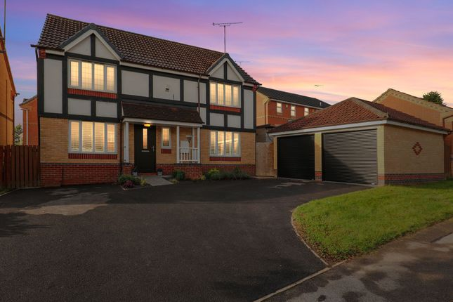 4 bed detached house for sale in Deepwell Avenue, Halfway S20