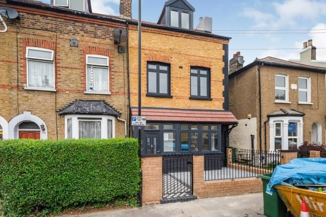 Thumbnail Terraced house for sale in Thornhill Road, London