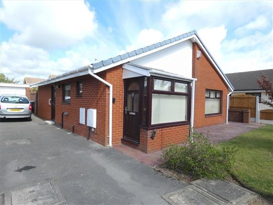 Thumbnail Bungalow to rent in The Mews, Lytham St. Annes