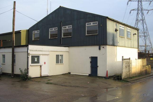 Thumbnail Warehouse to let in Ferry Lane North, Rainham