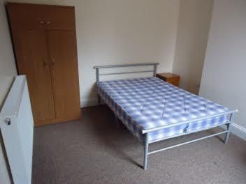 Thumbnail Shared accommodation to rent in Newhampton Road West, Wolverhampton