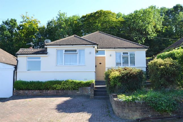 4 bed bungalow to rent in Barnes Rise, Kings Langley WD4