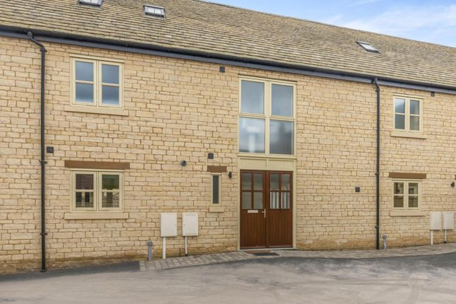 Thumbnail Terraced house to rent in Long Barn Mews, Ketton, Stamford