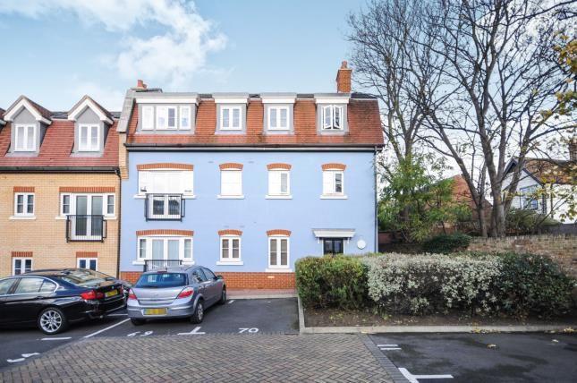 Thumbnail Flat for sale in Roche Close, Rochford, Essex