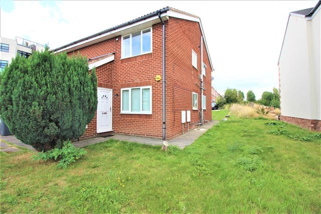 Thumbnail 2 bed flat to rent in Worksop Road, Swallownest, Sheffield, Rotherham
