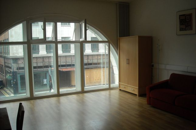 Studio to rent in Castle Street, Swansea SA1