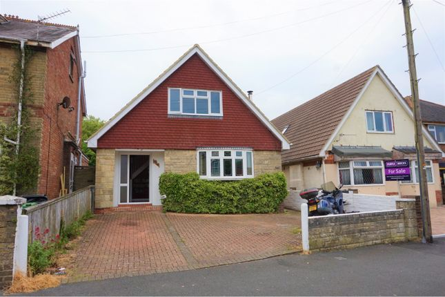 Thumbnail Detached bungalow for sale in Adelaide Grove, East Cowes
