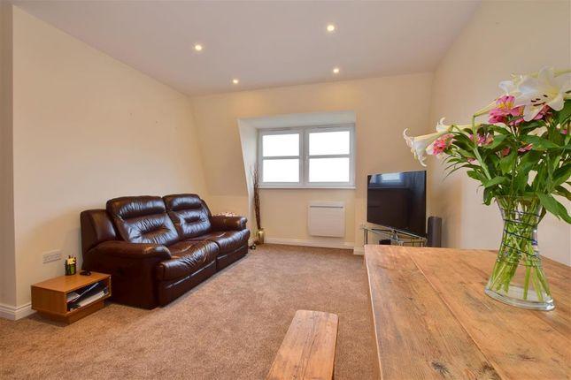 2 bed flat for sale in Culverden Park Road, Tunbridge Wells, Kent