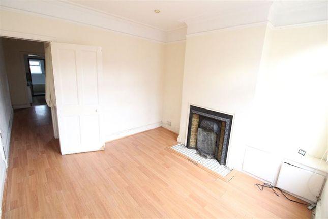 Thumbnail Property to rent in Frederick Street, Luton