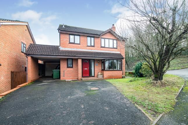 Front of Summerhouse Close, Redditch, Worcestershire, Callow Hill B97