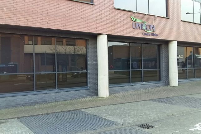 Office to let in Custom House Road, Cardiff