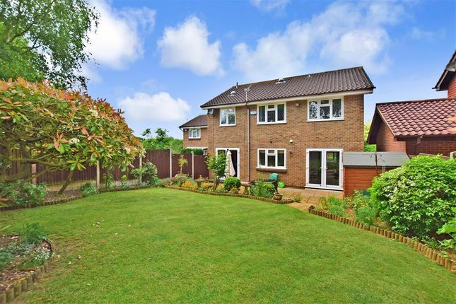 Thumbnail Detached house for sale in Willow Road, Larkfield, Aylesford, Kent