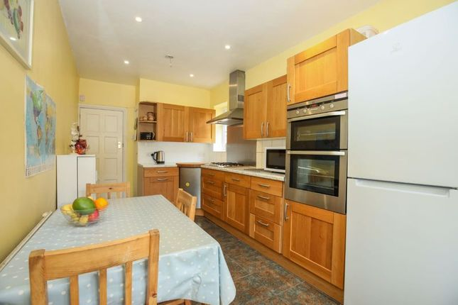 Photo 6 of Double Room, Blakes Avenue, New Malden KT3
