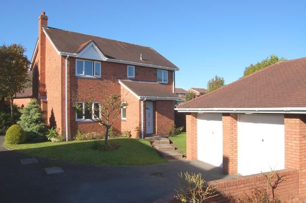 4 bed detached house to rent in Ferndale Drive, Priorslee TF2