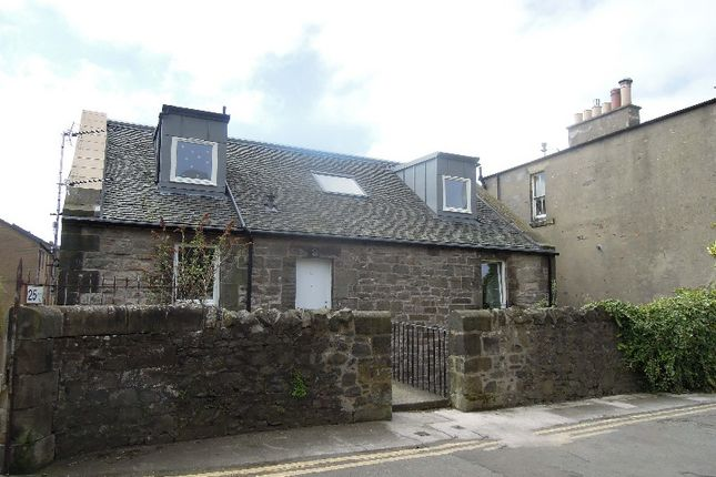 Thumbnail Flat to rent in St Leonard`S Bank, Newington, Edinburgh