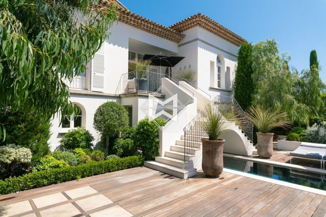 Thumbnail Town house for sale in Saint-Tropez, Centre, 83990, France