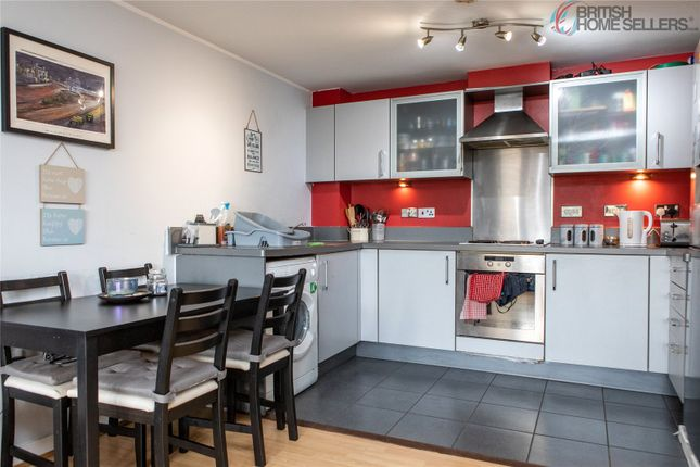 2 bed flat for sale in Bath Road, Slough SL1