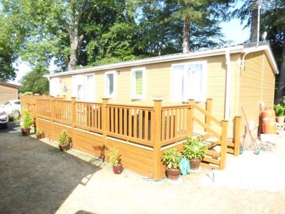 Thumbnail Mobile/park home for sale in East Bergholt, Colchester, Suffolk
