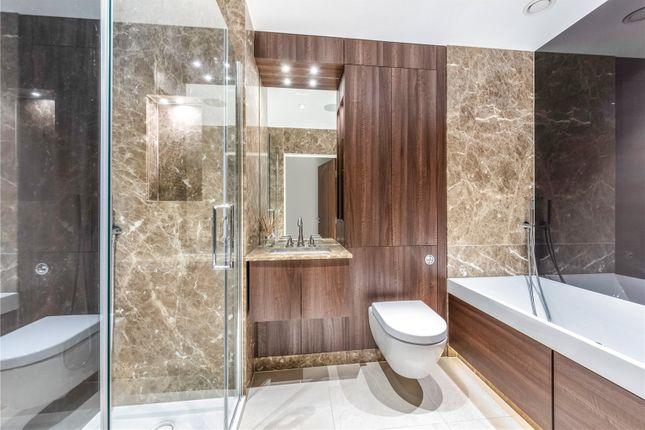 Bathroom of Skyline House, Dickens Yard, Longfield Avenue, London W5