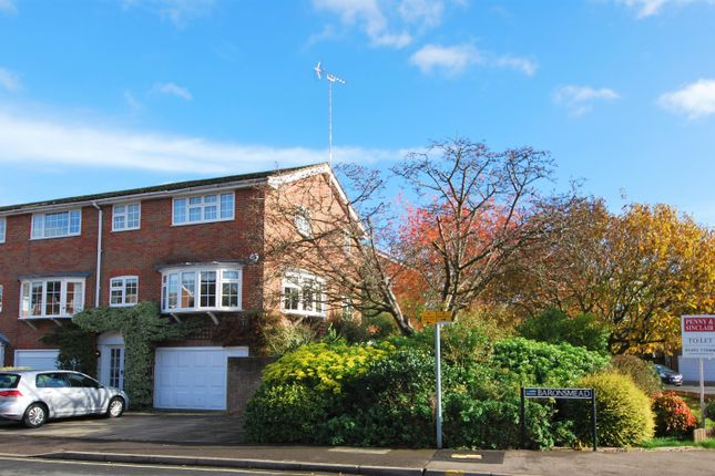5 bed town house to rent in Baronsmead, Henley-On-Thames RG9