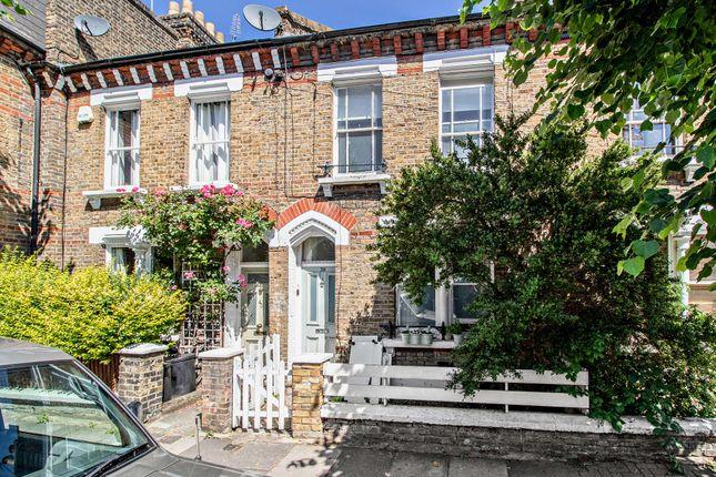 Flat for sale in Elsley Road, London