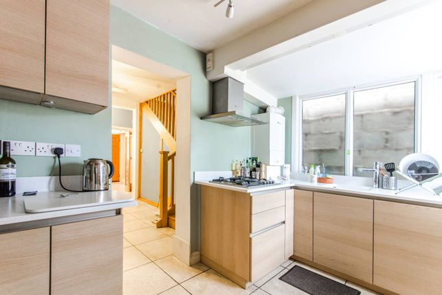 Thumbnail Property to rent in Warberry Road, Wood Green