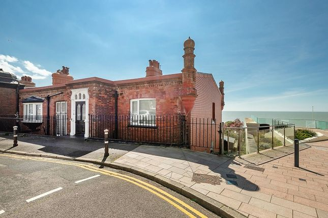 Thumbnail Flat for sale in Marina Court Avenue, Bexhill-On-Sea, East Sussex.