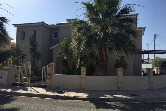 Villa for sale in Universal, Paphos (City), Paphos, Cyprus
