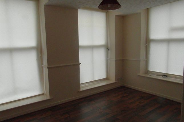 2 bedroom flat to rent in Eagle Street, Buxton