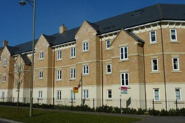 Thumbnail Flat to rent in Poppy Terrace, Carterton