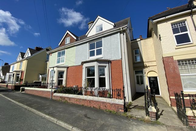 4 bed terraced house for sale in St. Davids Avenue, Carmarthen SA31