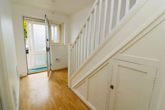 Thumbnail Terraced house to rent in Kenmare Drive, London