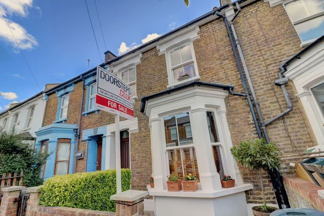 Thumbnail Terraced house for sale in Waldo Road, London
