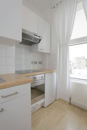 Studio for sale in Kilburn Park Road, Maida Vale