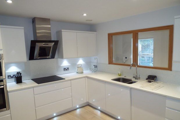 Thumbnail Flat to rent in 1A Peveril Drive, Nottingham